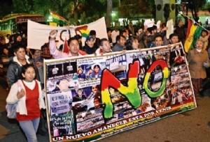 En Bolivia los jóvenes marchan en contra de la reelección presidencial