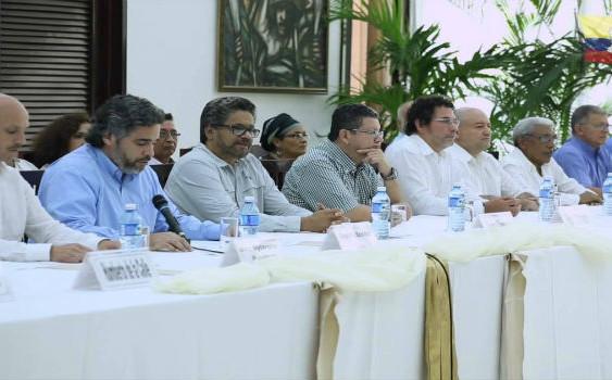Gobierno de Colombia anuncia histórico acuerdo de paz con las FARC